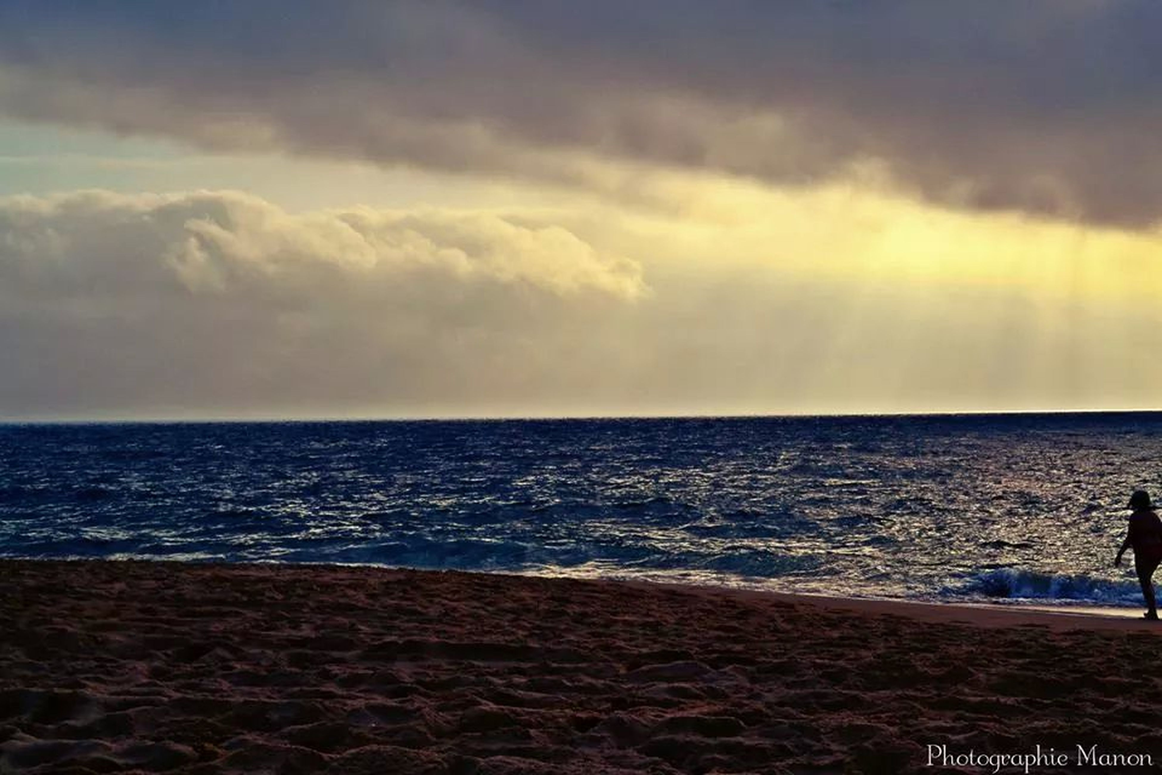 sea, horizon over water, water, sky, scenics, tranquil scene, beauty in nature, beach, tranquility, cloud - sky, shore, sunset, nature, idyllic, wave, cloudy, cloud, seascape, remote, outdoors