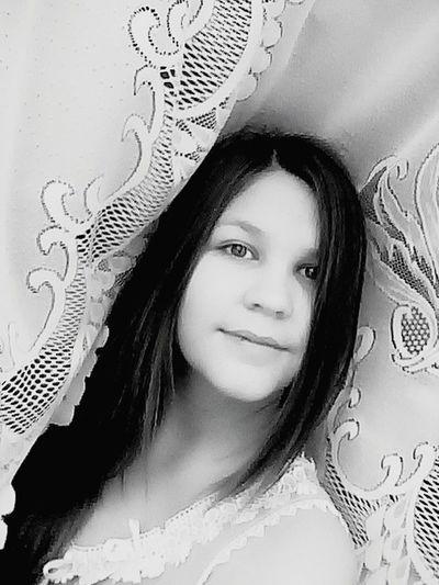 That's Me Russia Likeme And Followme Followme Me Blackandwhite Beautiful ♥