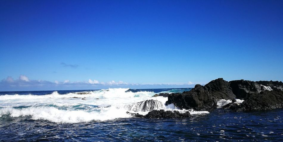 Sea Blue Beach Wave Water Horizon Over Water Nature No People Beauty In Nature Scenics Outdoors Sky Day Clear Sky The Week Of Eyeem Eyeem Photography Thisweekoneyeem Market Tranquility Oceanside Blue Wave Blue Water Outdoor Photography Outdoor Azores