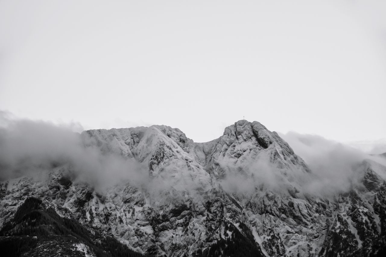 Giewont Giewont Tatras Mountains Mountain Landscape Nature Beauty In Nature Scenics Outdoors Mountain Range Nature Cold Temperature Mountain Peak Winter Mountainview EyeEm Nature Lover Black & White Blackandwhite Photography Black And White Collection  Eye4photography  First Eyeem Photo Poland Is Beautiful Zakopane Poland The Great Outdoors - 2017 EyeEm Awards Neighborhood Map