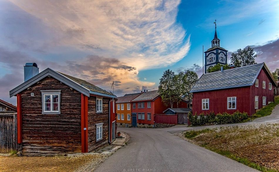 Norway Bergstaden Ziir Røros City Life City City_collection Huffington Post Stories Eye4enchanting Cityscapes HDR The Essence Of Summer EyeEm Masterclass EyeEm Best Edits EyeEm Best Shots - Landscape Eye4photography  HDR Collection