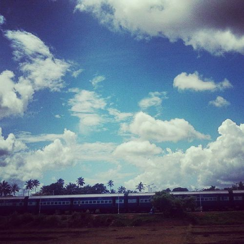 Stormywinds Heavy Clouds Trains Admiringsky Cool Environment June Monsoon2k15 Arriving Freshair👌