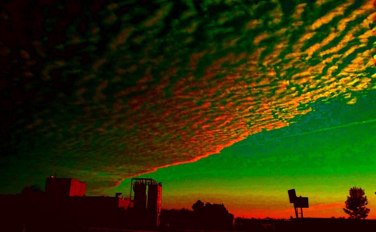 Oregon Sunrise Oregon Sky Rainbow Colors Rainbow Sky Silhouette Scenics Orange Color Beauty In Nature Dramatic Sky Tranquil Scene High Section Environment Tranquility Cloud Sky Idyllic Majestic Nature Atmosphere Cloud - Sky Atmospheric Mood Moody Sky Cloudscape Freshness Oregon Unlimited