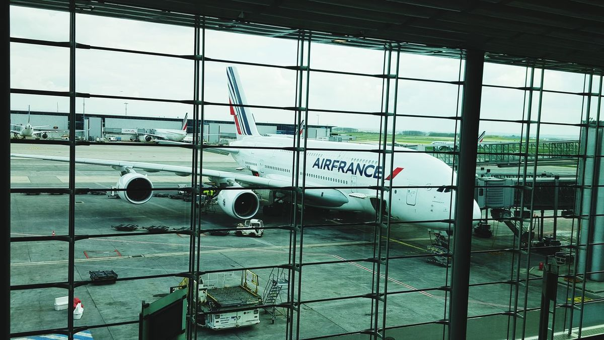 AirPlane ✈ Traveling Airfrance A380-800 Charles De Gaulle Architecture
