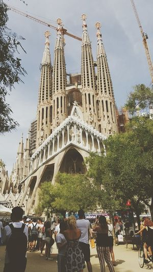 Travel Destinations Large Group Of People Architecture Sky People Day Outdoors City Barcelona Tourist Attraction  Sagrada Familia EyeEmNewHere