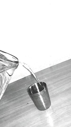 No People Indoors  Table Liquid Drink Water Close-up Day Ink Well Freshness Building Exterior Built Structure Outdoors Architecture City Studio Shot Drinking Glass Backgrounds Indoors  Purity White Background Newhartford Freshness Photo Istanbul