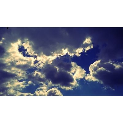 Clouds Cloud Cloudporn Weather Lookup Sky Skies Skyporn Cloudy Instacloud Instaclouds Instagood Nature Beautiful Gloomy Skyline Horizon Instasky Epicsky Crazyclouds Photooftheday Cloud_skye Skyback Insta_sky_lovers Iskyhub skypainters