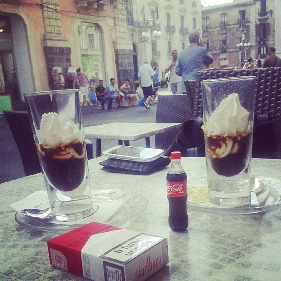 Love & coffe.. ♥