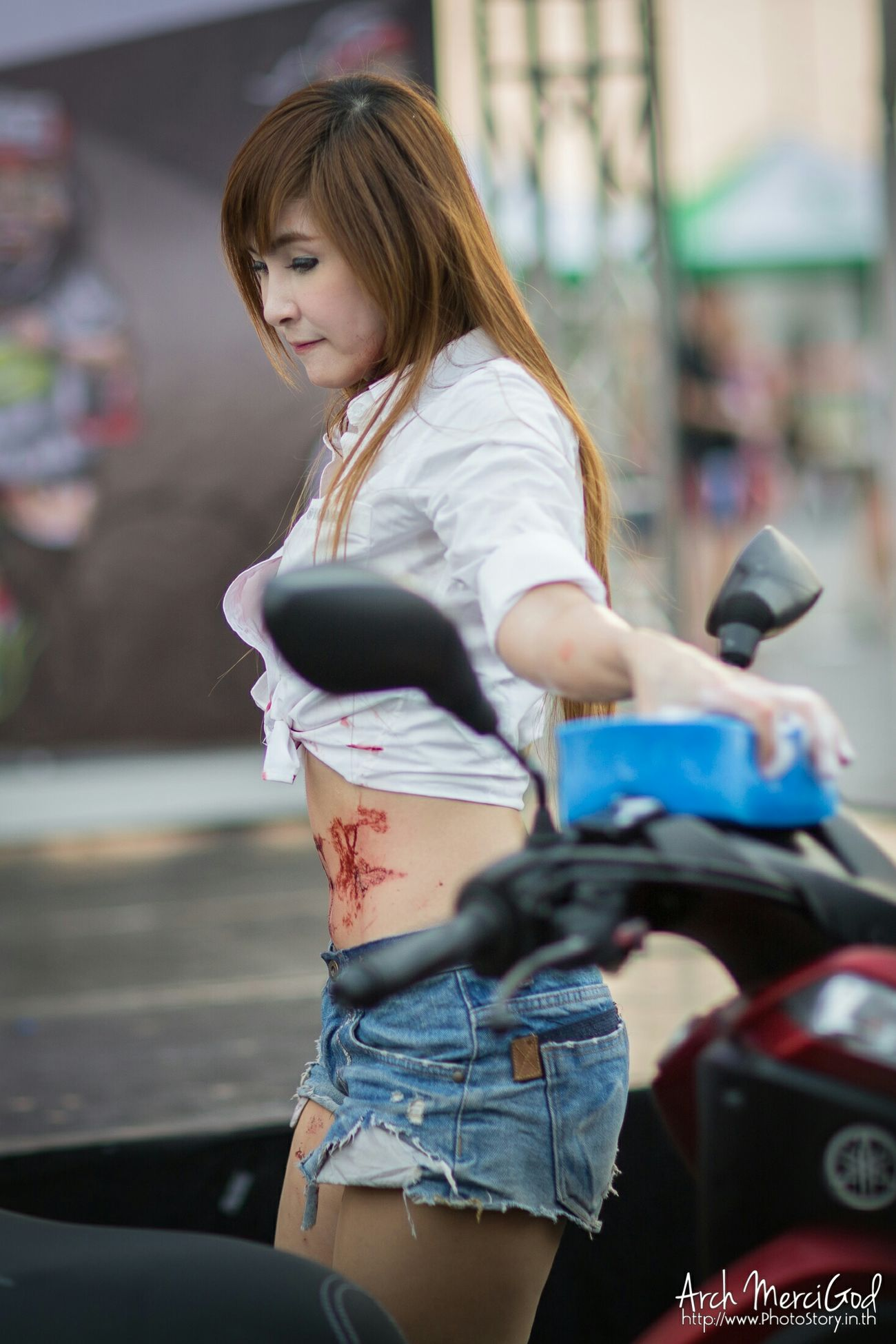 Run For Your Lifes Thailand http://www.photostory.in.th http://fb.me/ArchMerciGod Yamaha Rfylth Modelgirl RFYL Sexygirl Model Pose Beautiful Girl RFYLasia Candid Portrait