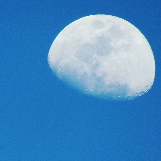 Lunarshots Moon the fighter of darkness.... Learning from it on how to implement in our life. Naturelearner Blue Wave