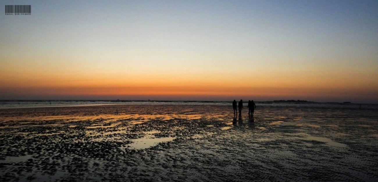 Beach Beachphotography #sunset #sun #clouds #skylovers #sky #nature #beautifulinnature #naturalbeauty #photography #landscape