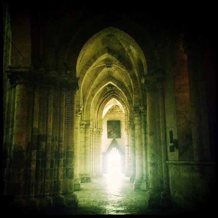 Gothic light Architecture Hipstamatic Light AMPt_community