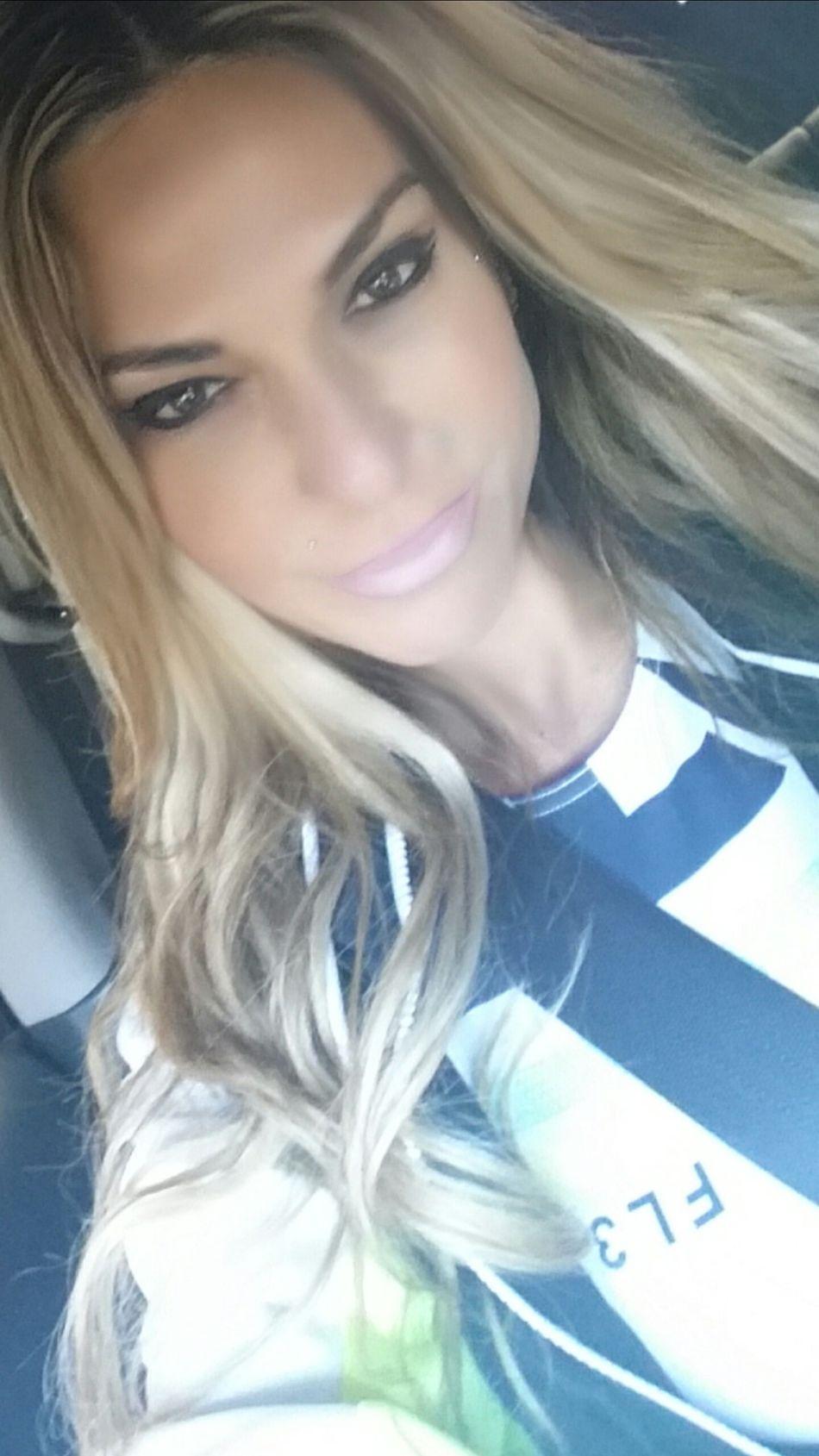 www.anastasiaverkos.com Carselfie Smile Sunshine Beautiful Day Beautiful Girl Off To The Gym Have A Nice Day♥ Seeyousoon Bye Bye Kisses