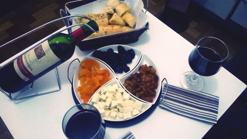 Relaxing Dinner With Friends Enjoying Life Love ♥ ♡♥♡ Night With Friends
