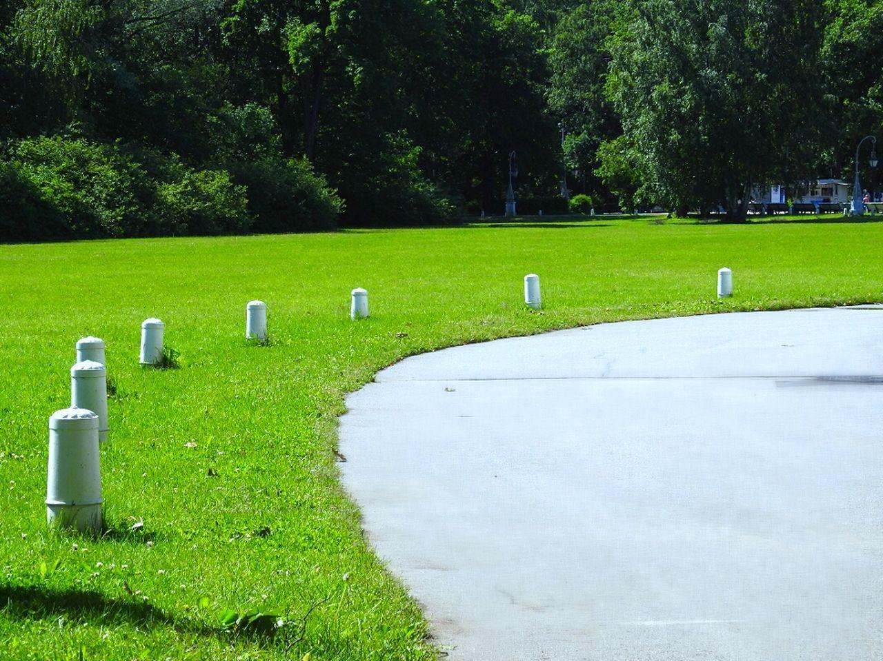 Streetphotography Street Geometry Green Grass 🌱 Relaxing Park Elagin Island Sankt-Petersburg Summer Russia