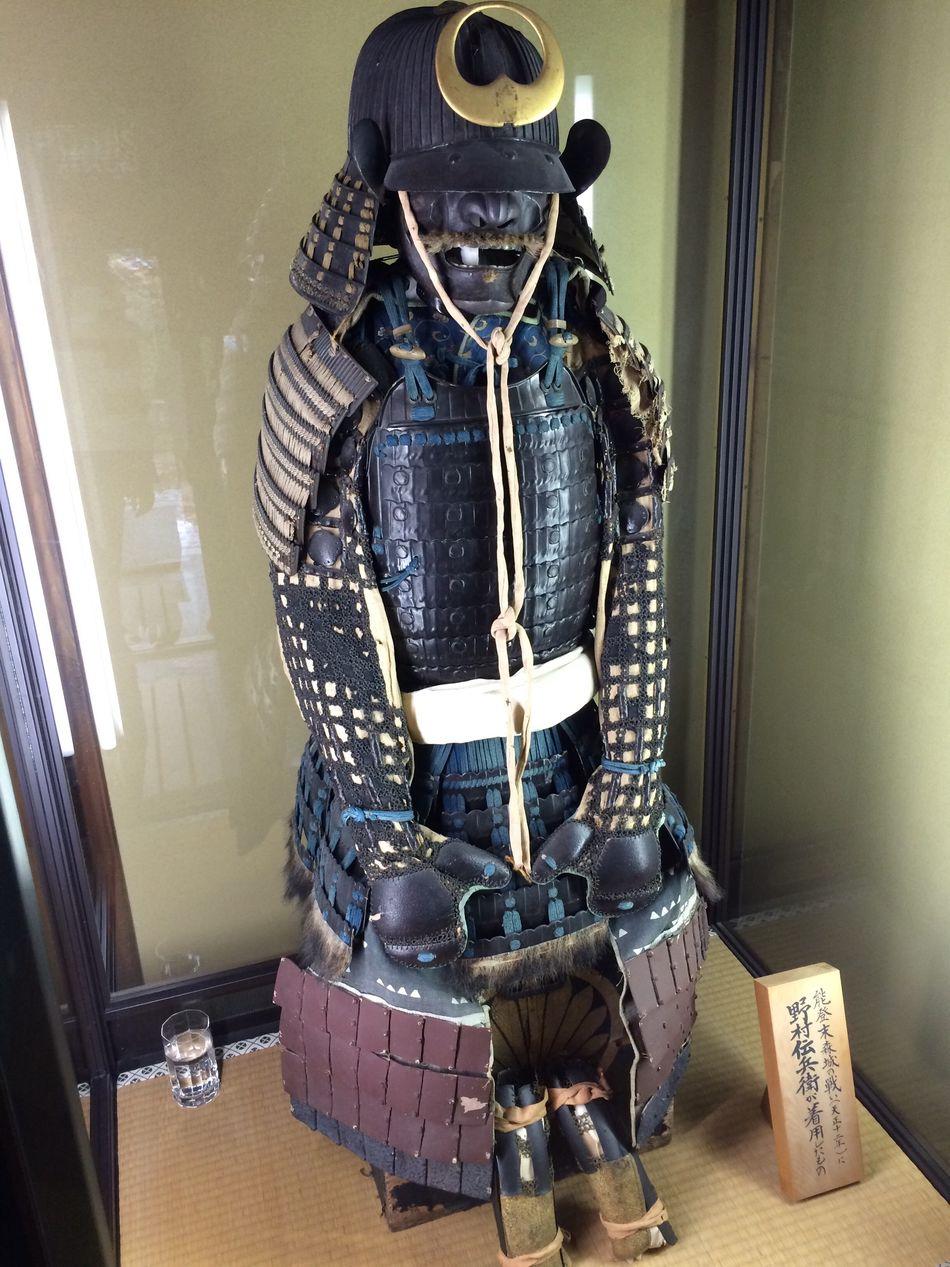 Old samurai armor,inside the temple 🇯🇵 Armor Samurai Japan Temple Visiting