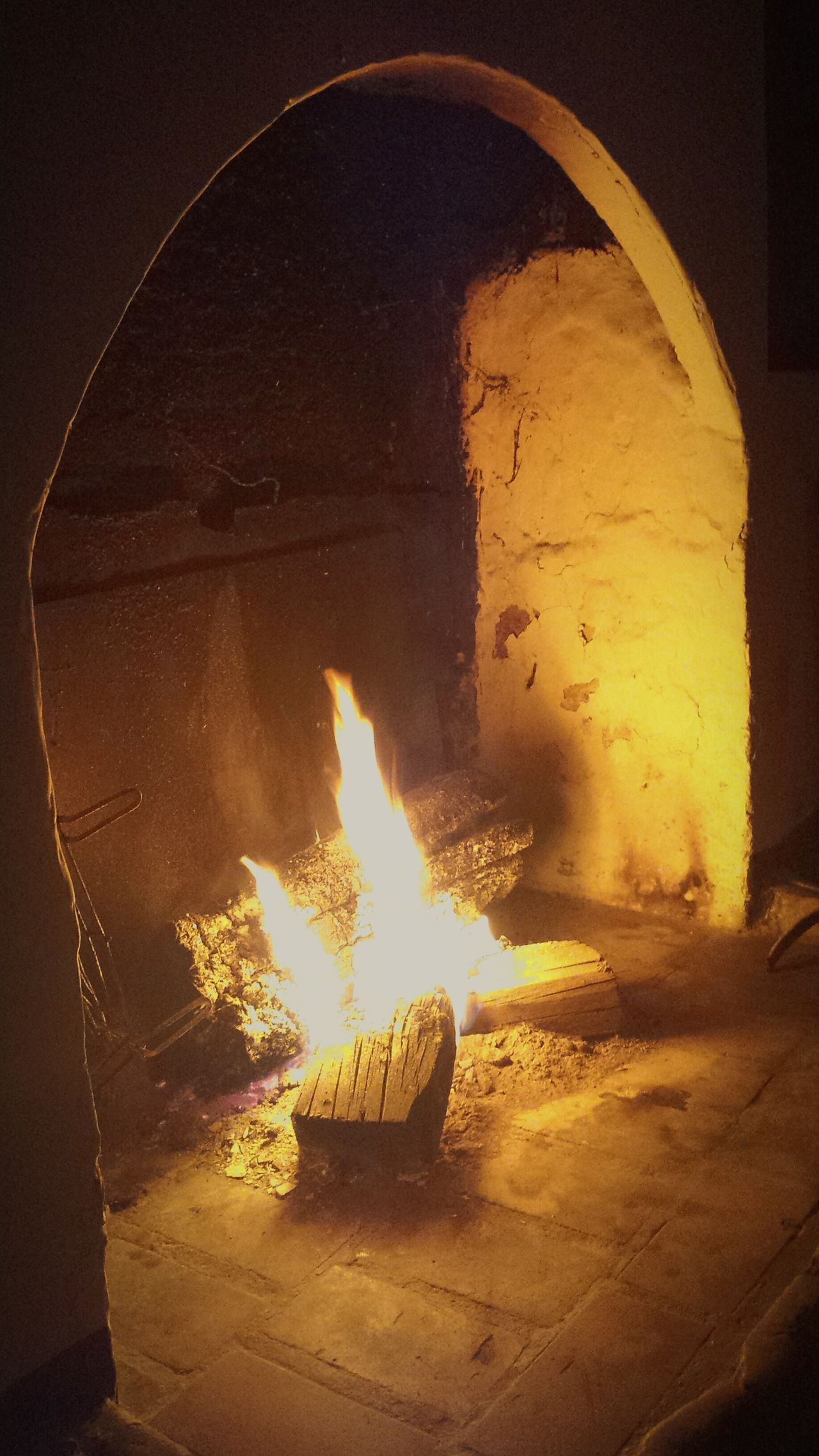 El descanso del pastor.... Flame Illuminated TrashumanciaJaén Trashumancia Pastores Pastores Sierra Segura Sierra Morena Linares Patrimonio Etnológico Patrimonio Cultural