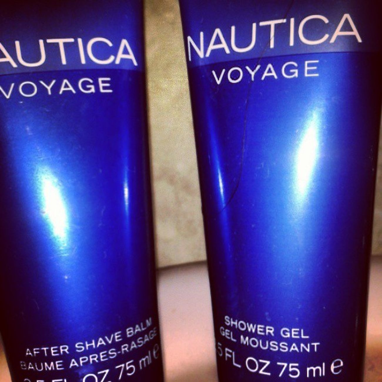Today Bfffff Nautica Aftershave And ShowerGel jajajajaja Happy Face :)