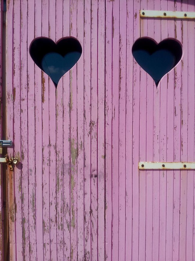 Close-up Full Frame Geometry Heart ❤ Heats No People Old Pink Plank Textured  Weathered Weathered Wood Wood Wood Material