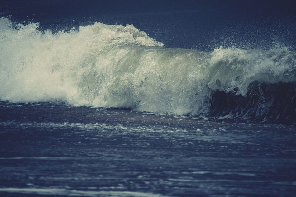 Breaking t(w)o! Motion Power In Nature Wave Sea Force Water Nature Crash No People Beauty In Nature Rough Waterfront Breaking Outdoors Day Scenics Sky Breaking Nature Surf Beach Northumberland Close-up
