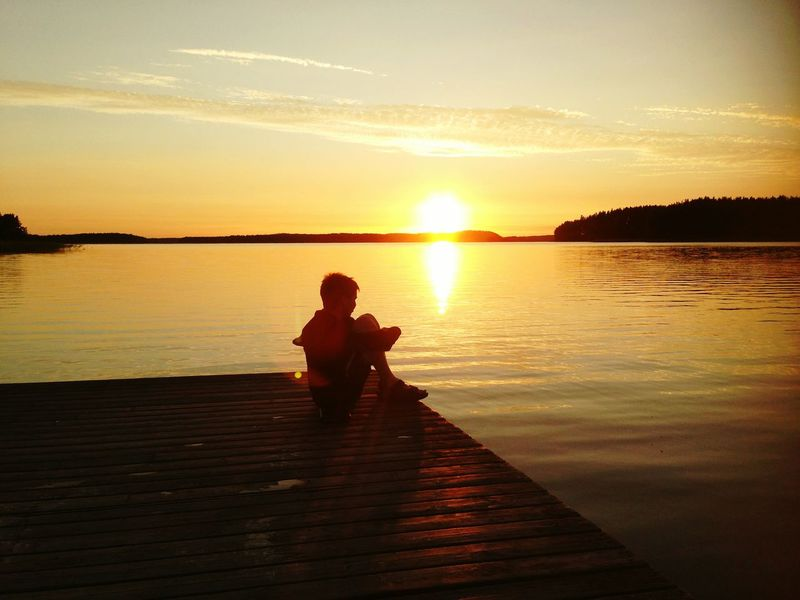 the sunset Boy Boy On The Pier The Sky At The Lake Sunset At The Lake The Sun Color Photography Finlad