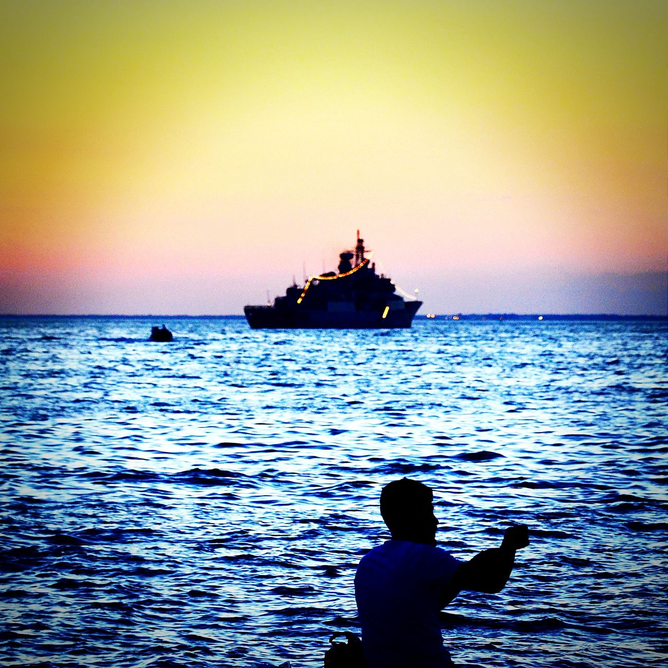 Sunset Silhouettes Sungoesdown Sunsetlover Sunset Alsancak Kordon Konak Enjoying Life Fishing