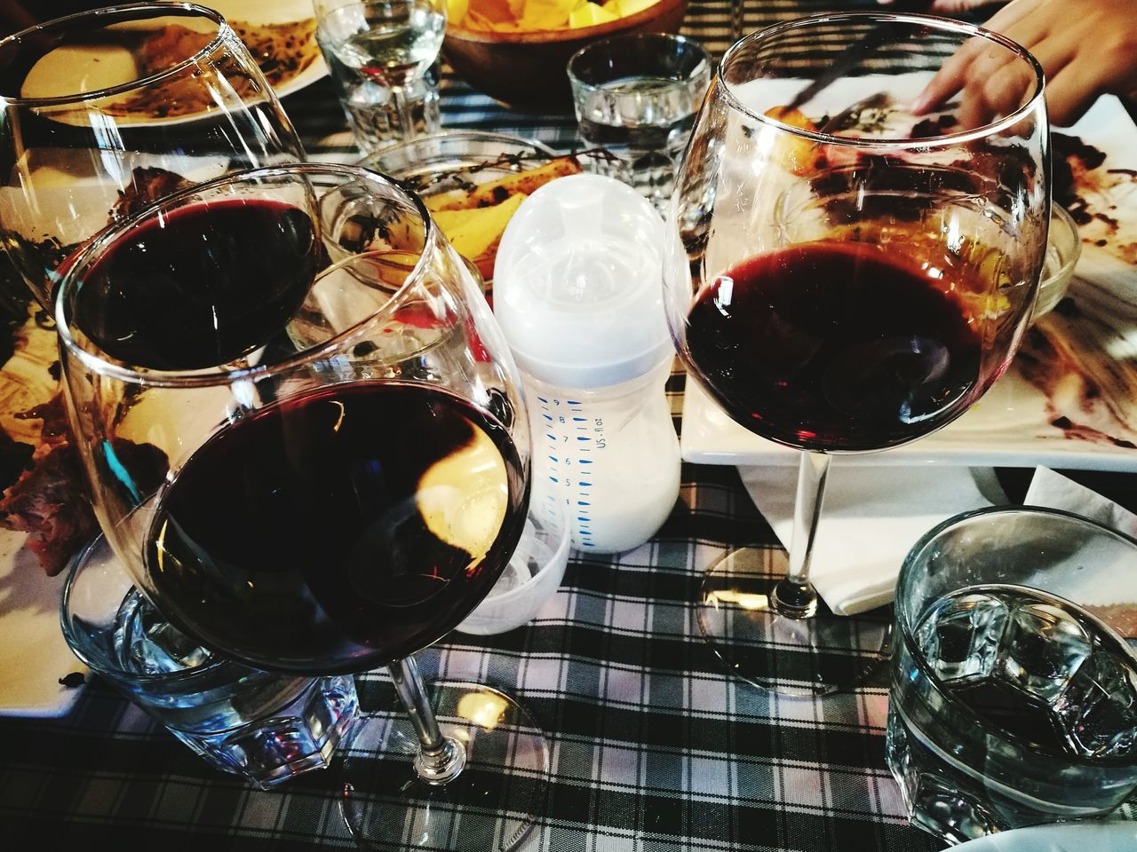 Wineglass Indoors  Wine Drink No People Alcohol Close-up Day Adapted To The City Motherhood Baby Bottle Glasses Friends Eating Together Share The Meal Good Company Table Setting Table Good Friends Being Together Friends And Family Eating