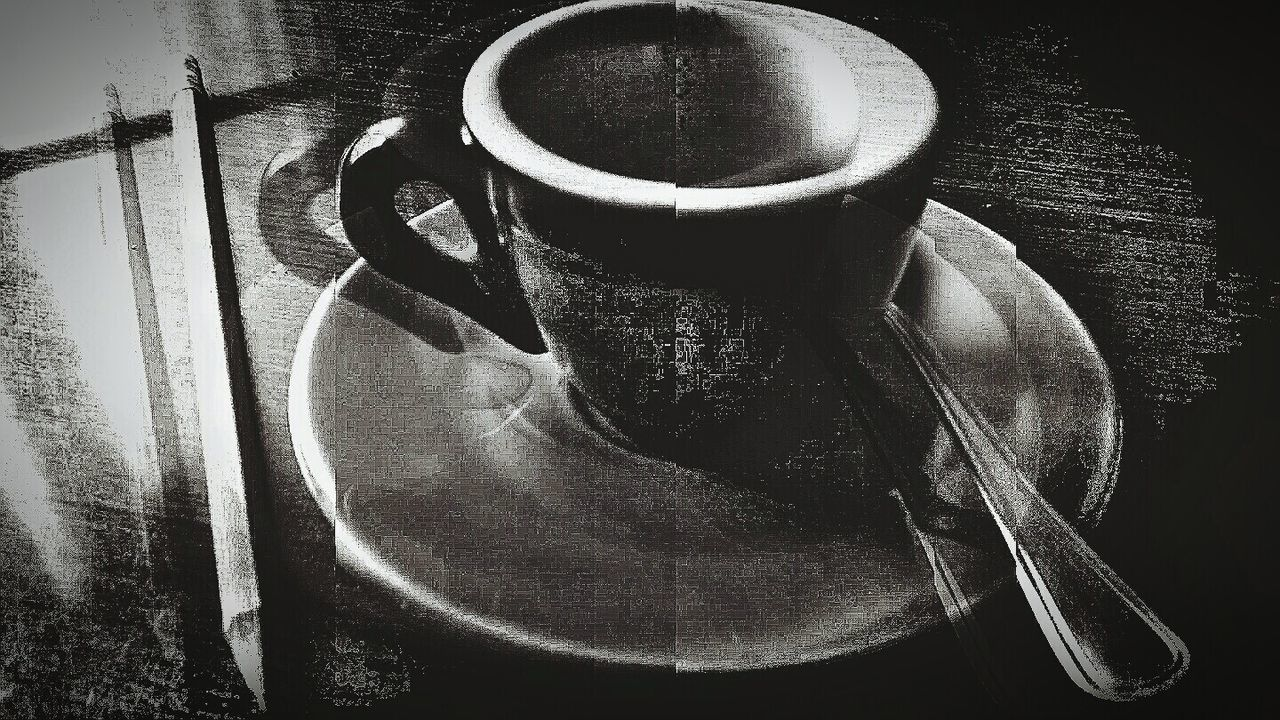 Interior Views Coffee At Home NEM Still Life Eyeem Market Doble Exposure Darkness And Light Satinchrome Things On My Table EyeEm Gallery Close-up Global Photographer Works Exhibition Fine Art Photography For The Love Of Black And White For The Love Of Photography Still Life Photography EyeEm Market © Mix App The Innovator