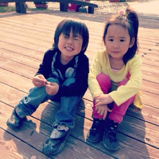 子供 Children 双子 Twins