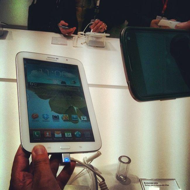 Samsung Galaxy8 at Mwc2013