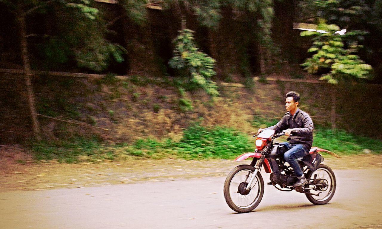 Panning Motocross Biker Streetphotography