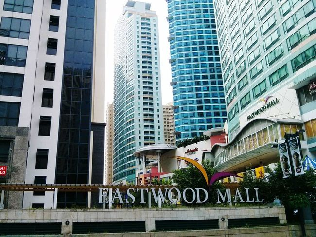 Eastwood Citiwalk Eastwoodmall Withboyfriend Lovely Check This Out Hanging Out Enjoying Life Beautiful Place Love is in the air 💕😽😻 Photooftheday