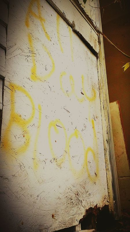 Graffiti Gangs Gangsta' Bloods  HOODLIFE Abandoned Buildings Junkies Drug House Urbex