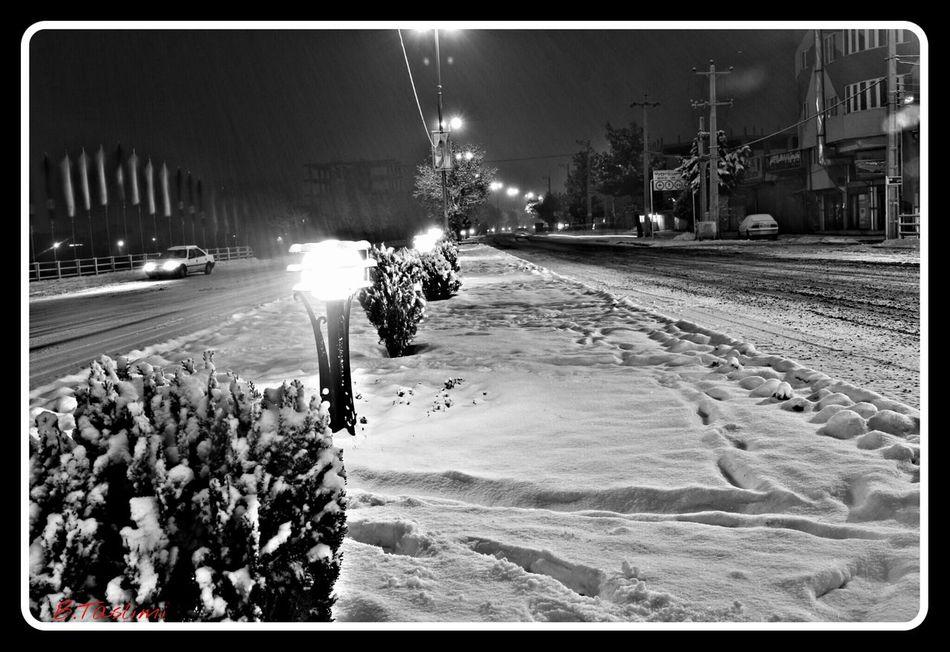 PHOTO:B.Taslimi ایران آذربایجان شرقی بناب برف کانن تسلیمی Snow ❄ Snow City Bonab کانن700دی 18-55mm Canon700D Canon Blak&white Iran♥ Best  Iran شب Taslimi شهر