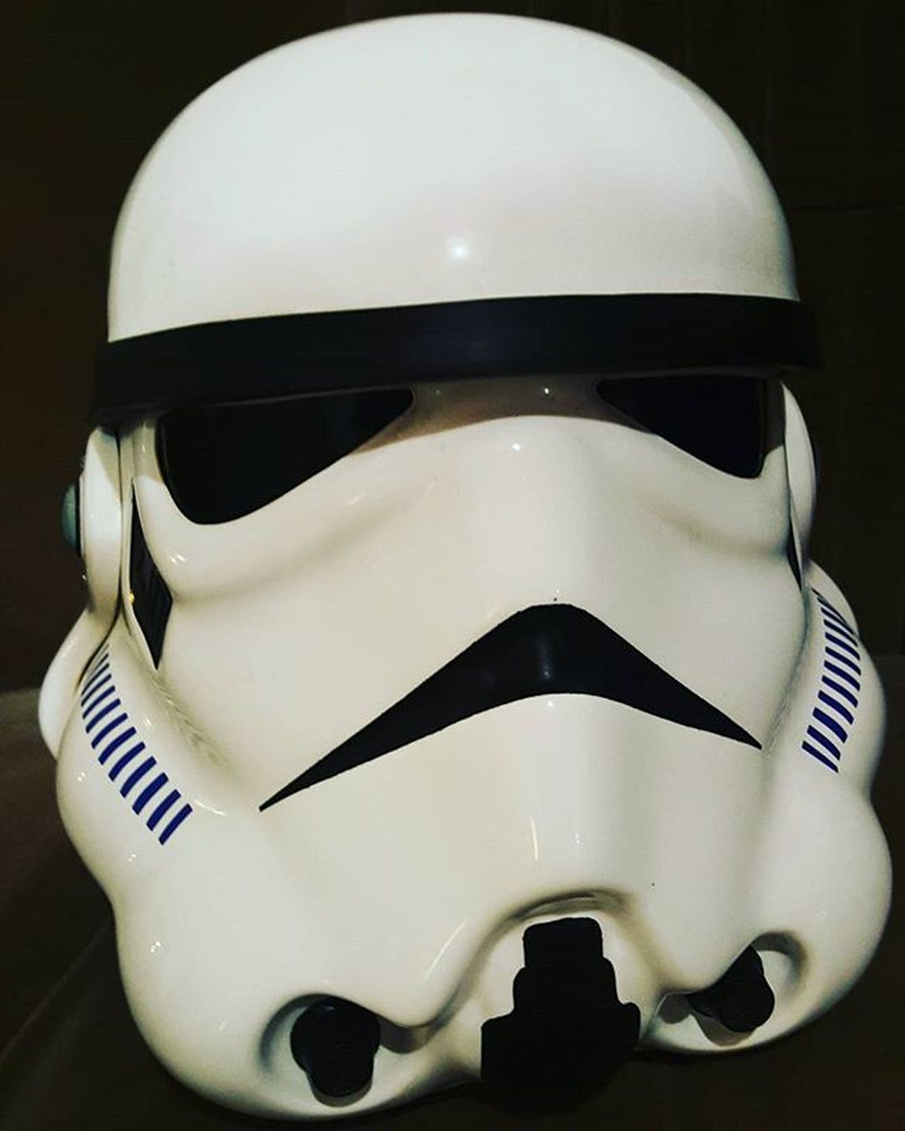Hoy fotos.. Starwars Shooting Styling Lovemyjob Divineblog PlanetaKordhoba Trooper Helmet MayTheForceBeWithyou bewithyou TheForceAwakens Stormtrooper Like4like
