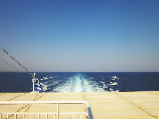 Another day another ferry 🇬🇷🛳BlueStar Horizon Agean Sea Horizon Over Water View From A Ferry The Calmness Within Holiday POV Ferry Life Ferry View Seascape Interrail2016 I Love The Sea Blue Wave Windy Day Clear Sky Summer Day Hot Summer Ocean Seascape Sea Life From My Point Of View Bluestar Ferries Vanishing Point Rule Of Thirds Endlessness