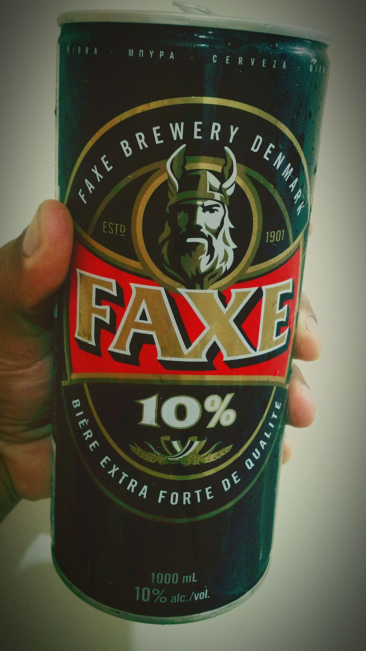 Beer Beer Time Cerveza Cerveja Faxe Human Hand Close-up Adults Only Adult Viking Strong Strongbeer 10% Alcool  Alcohol Alcoholic Drink