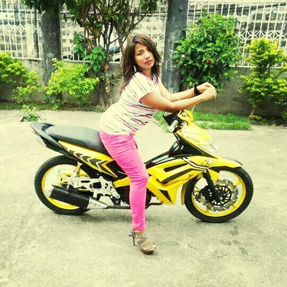 Asianswag Pinoy Asiangirl Taking Photos