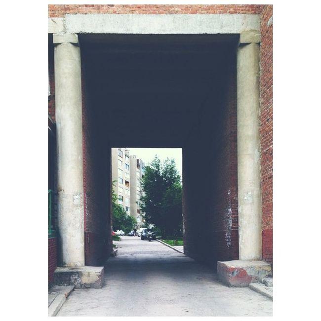 Кемерово двор арка настольгия россия kemerovo russia