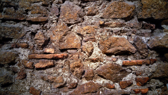 Backgrounds Brick Brick Wall Bricks Brickstones Close-up Detail Full Frame Moho Mortar Mortero Moss Outdoors Pared De Ladrillo Pared De Piedra Patrones Pattern Rock - Object Ruins Stone Surface Textured  Textures And Surfaces Fine Art Street Photography
