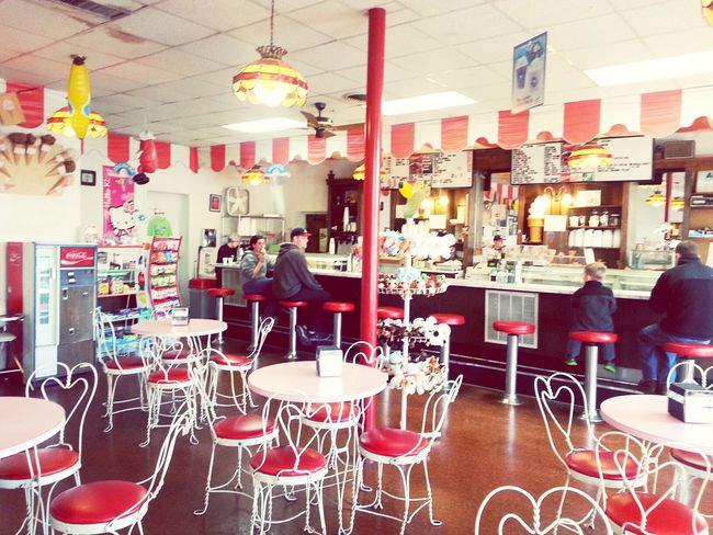 Classy and cute place. Many flavors and great place for a cute date or to bring the kiddos. First Eyeem Photo Places