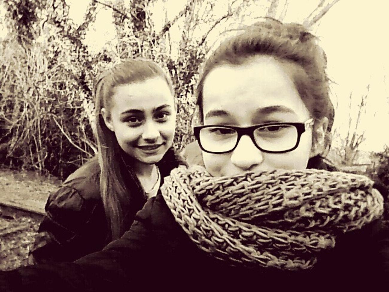 Ma princesse , je t'aime tellement , tu es comme ma petite soeur je taime fort bibou <3 I Love You !