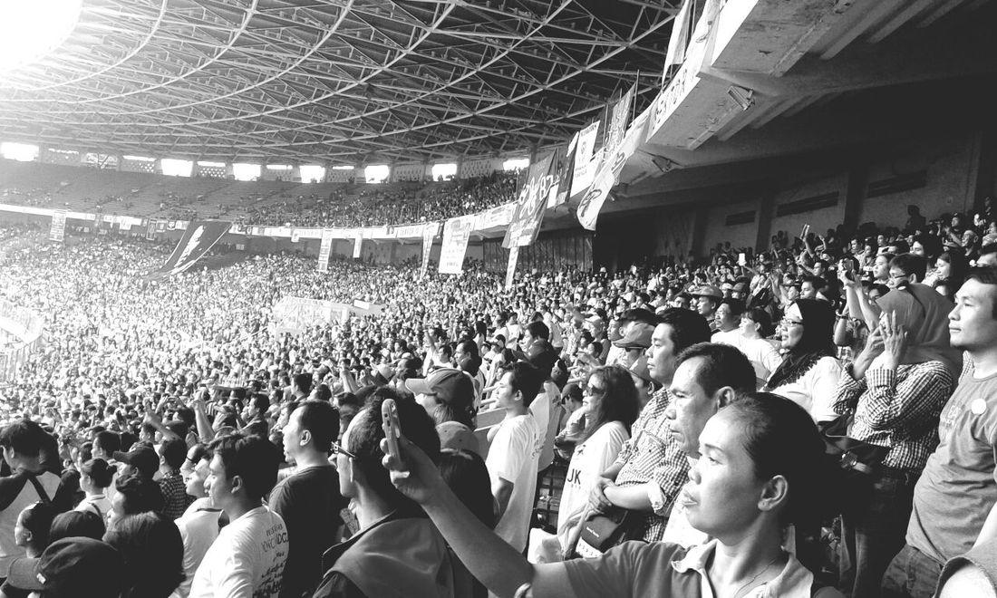 Selfie People's Power Gelorabungkarno