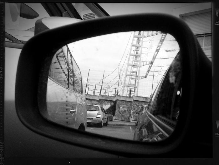 Car Black & White Insolite