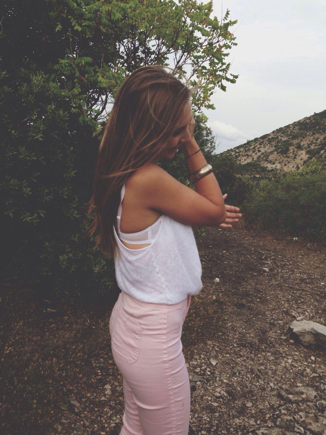 Girl (null)Teen Blonde