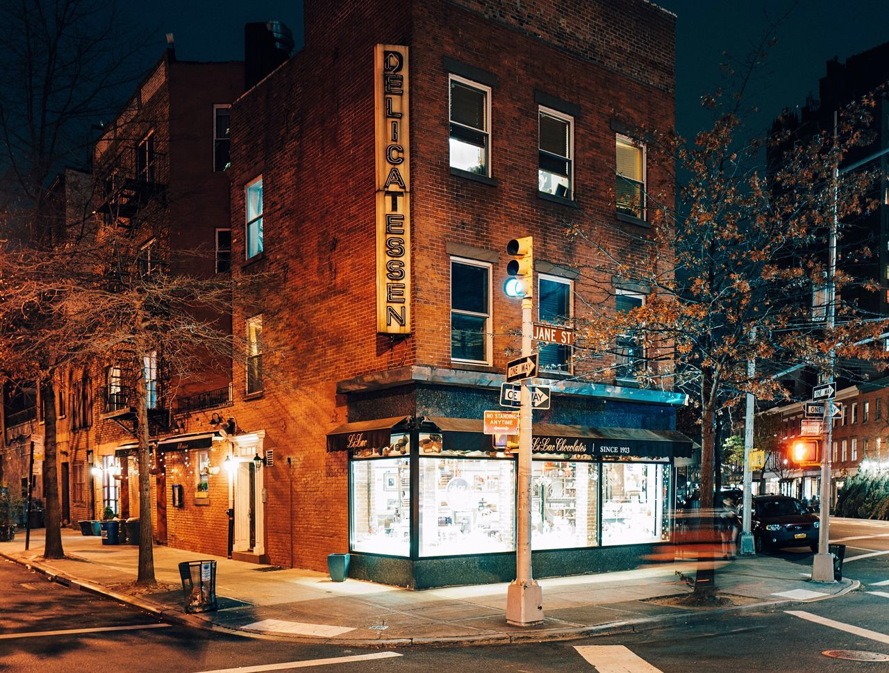 Delicatessen Corner Street New York City Night Photography Night Shot Brick Building Illuminated City Night Architecture No People