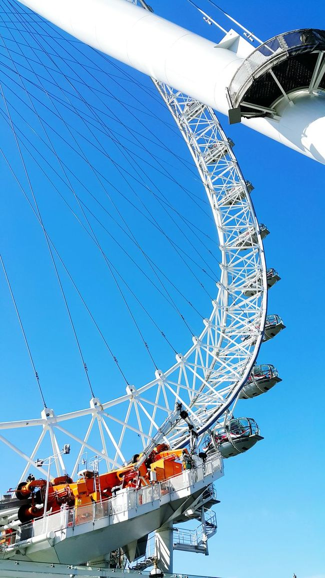 London Eye Thewheel LONDON❤ Neweyeem Famous Place Sky Lovethispicture My Hobby Lovethisplace Photography Loveit Hello World Check This Out Best EyeEm Shot 2016 Picture Bestoftheday Artoftheimage Chillaxing