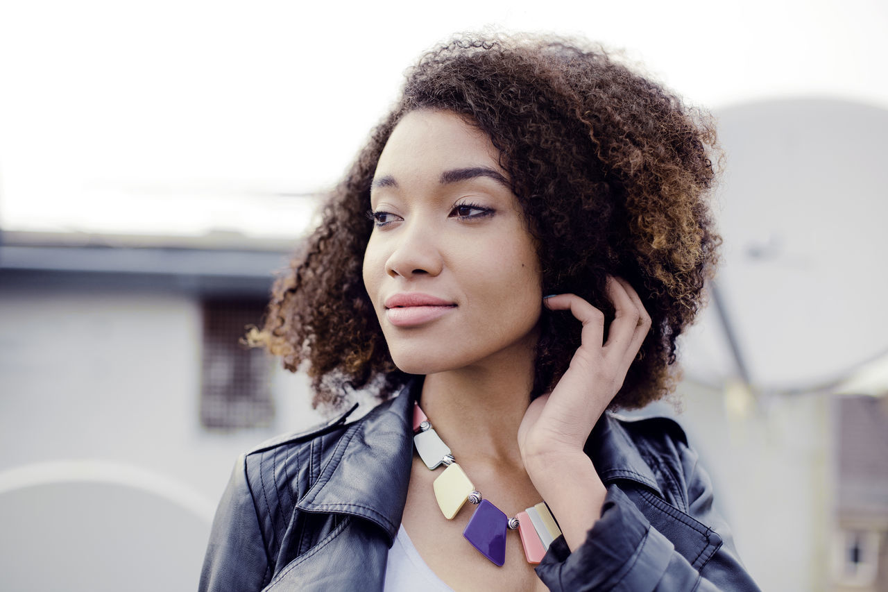 Beautiful stock photos of afrika, 20-24 Years, African-American Ethnicity, Attitude, Casual Clothing