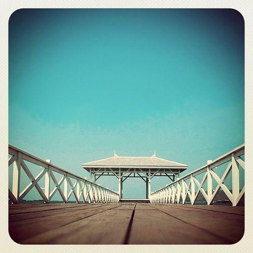 ศาลาคนเศร้า ? Thailand Sichang SICHANGISLAND Chonburi sea sky iphoneonly instadaily instagramism