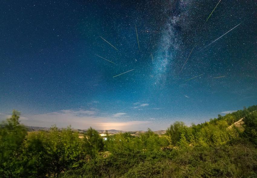 Nightphotography Meteor Shower Meteor Perseid Meteor Shower Sky